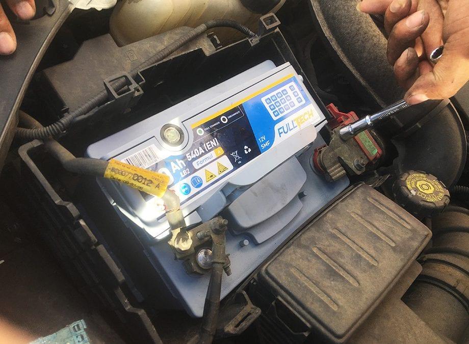 Nodin Pièces Auto changement de batterie auto